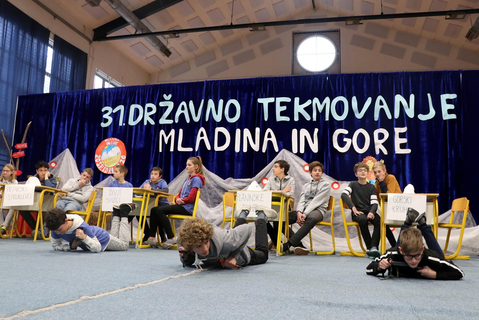 mig_sp_idrija_2020_ustavljanje_s_cepinom_foto_manca_ogrin