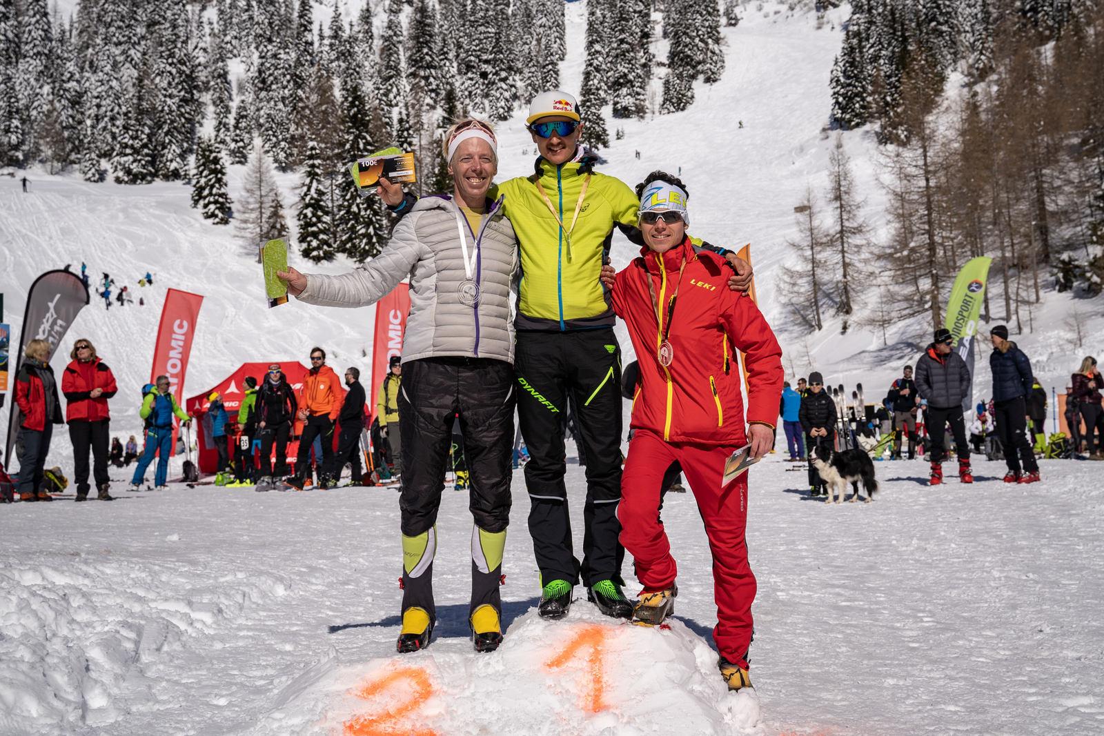 zelenica_ski_raid_2020_clani_foto_ziga_erzen