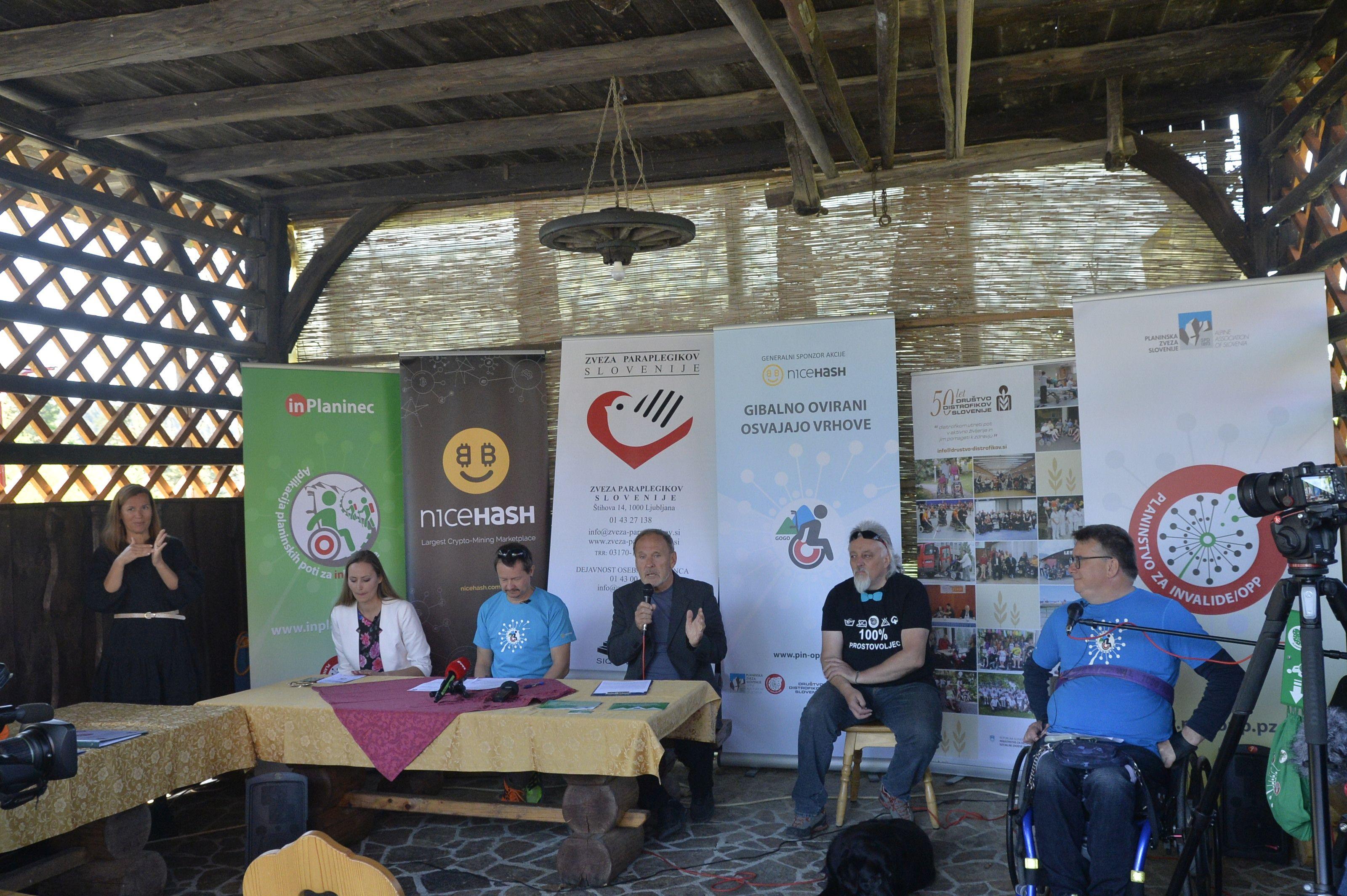 Novinarska_konferenca_GOGO_2021_04