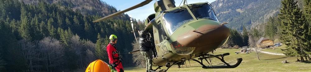 helikoptersko_resevanje_n_foto_matjaz_serkezi