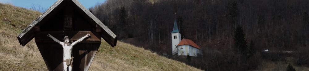 slovenski_hribi_posejani_s_sakralnimi_objekti_foto_matej_ogorevc